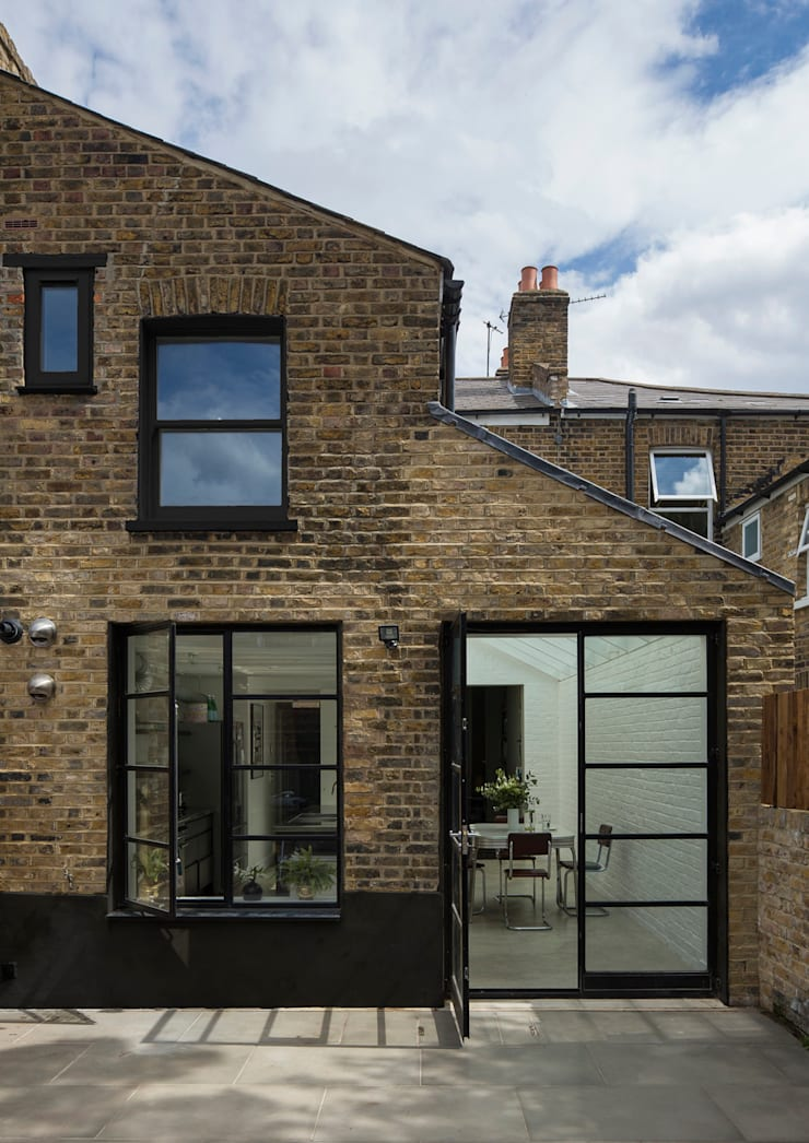 Rear Elelvation:  Houses by Mustard Architects