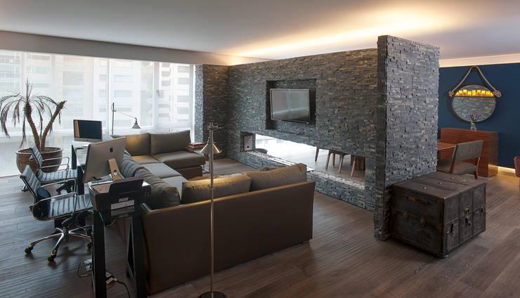 Sala de estar  por kababie arquitectos