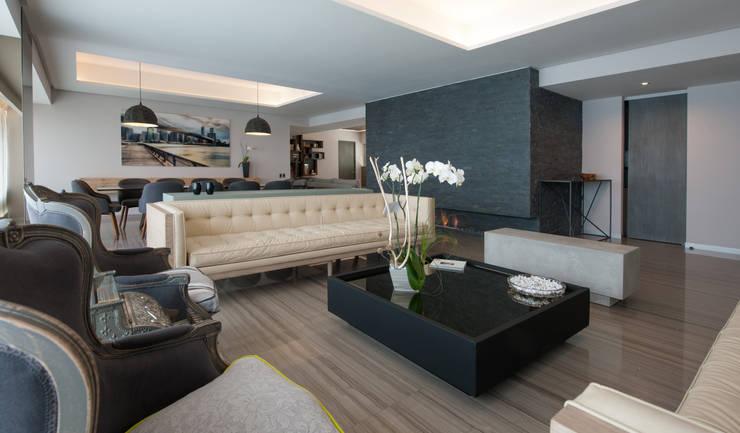 modern Living room by kababie arquitectos