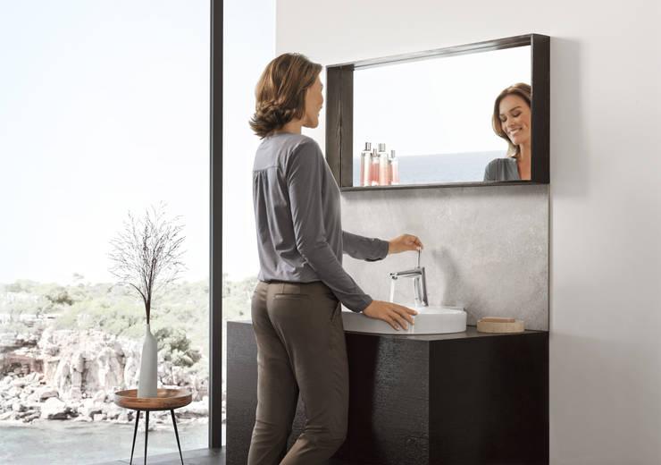 Eurocosmo badkamer voorzien van GROHE Eurodisc Joy serie:  Badkamer door Grohe Nederland BV