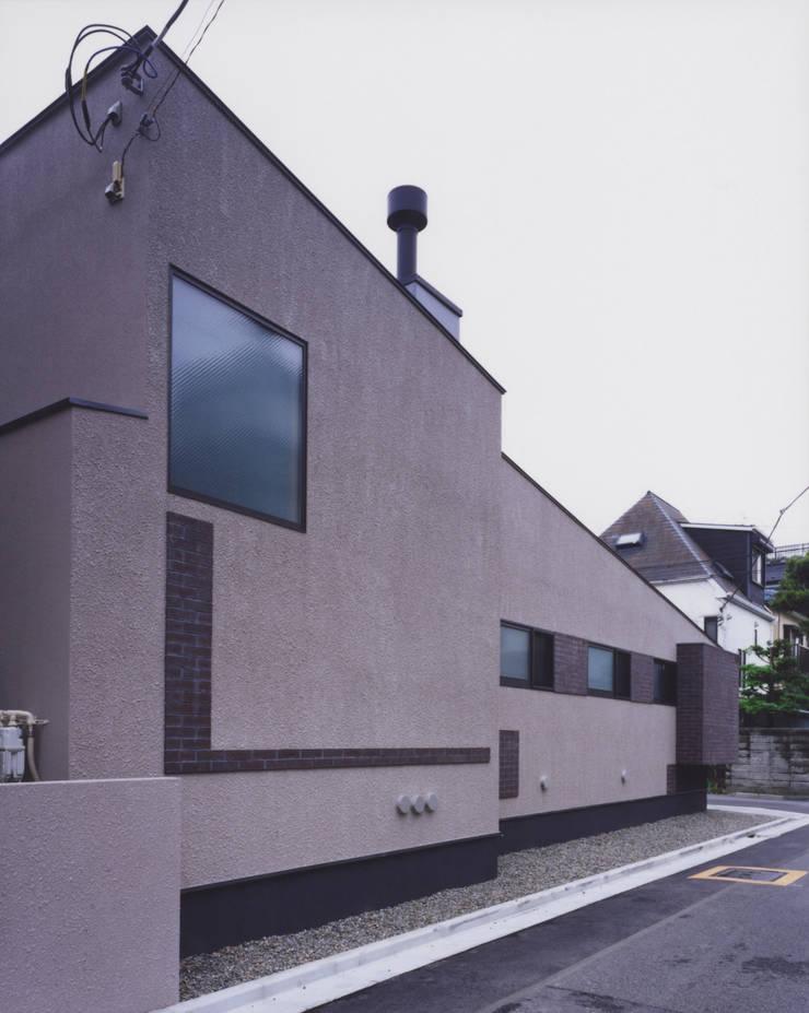 外観2: 矩須雅建築研究所が手掛けた家です。