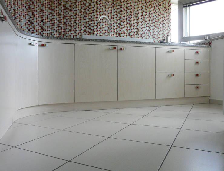 ห้องครัว by Interni d' Architettura