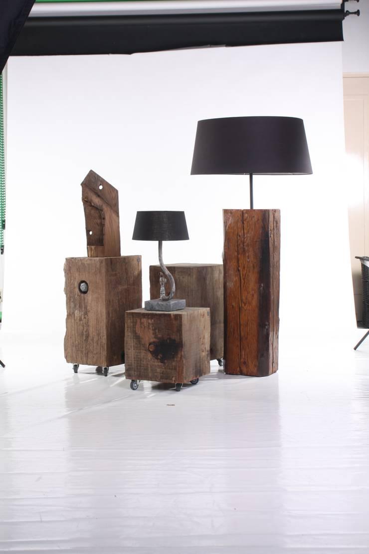 Werken van Maarten Mostert:  Woonkamer door Maarten Mostert Design