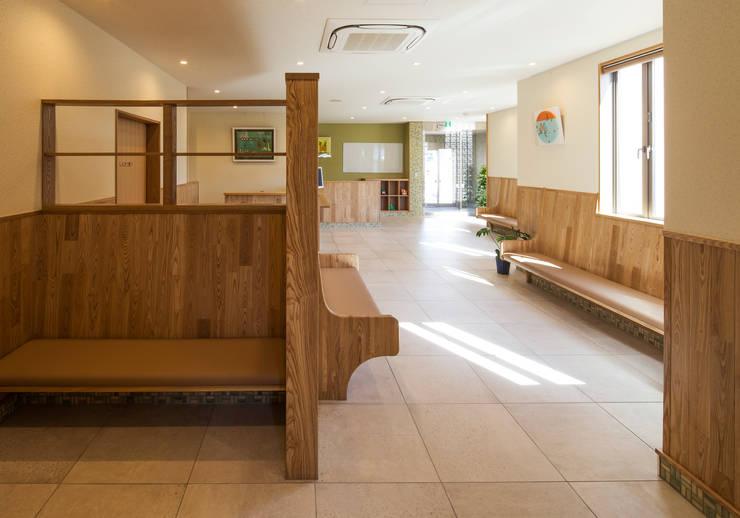 待合室2: 矩須雅建築研究所が手掛けた和室です。