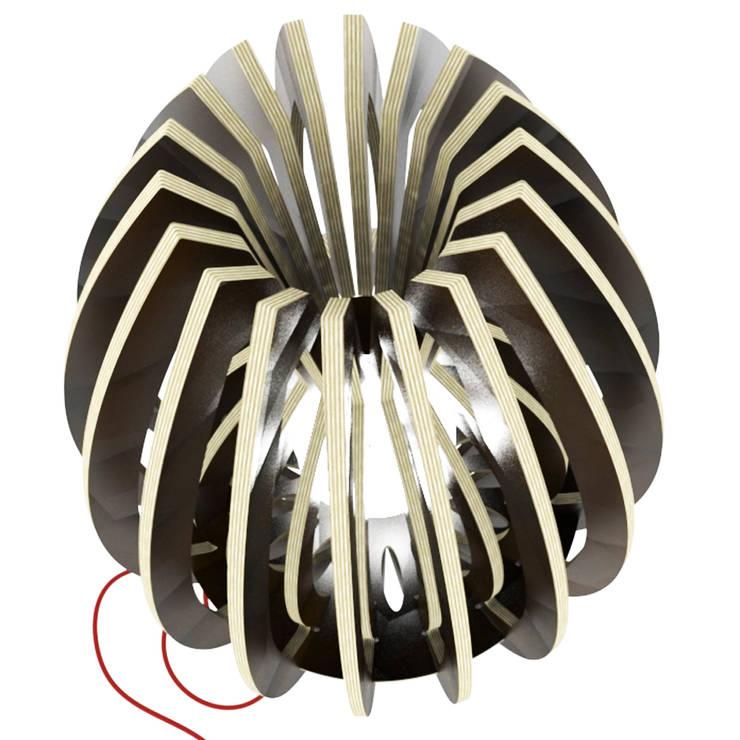 La lampe  CALYX 48: Salon de style  par Osmose le bois