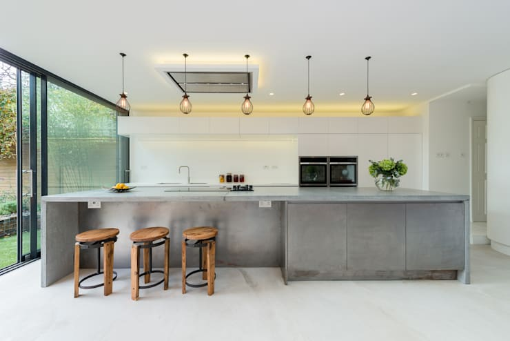 Lyndhurst Grove:  Kitchen by Will Eckersley