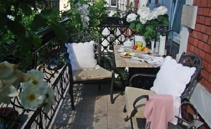 Metamorfoza balkonu : styl , w kategorii  zaprojektowany przez Decolatorium