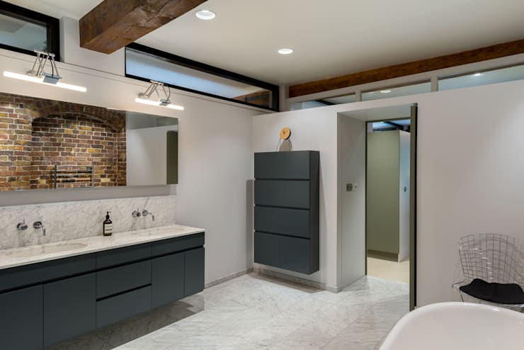 Oliver's Wharf:  Bathroom by Will Eckersley