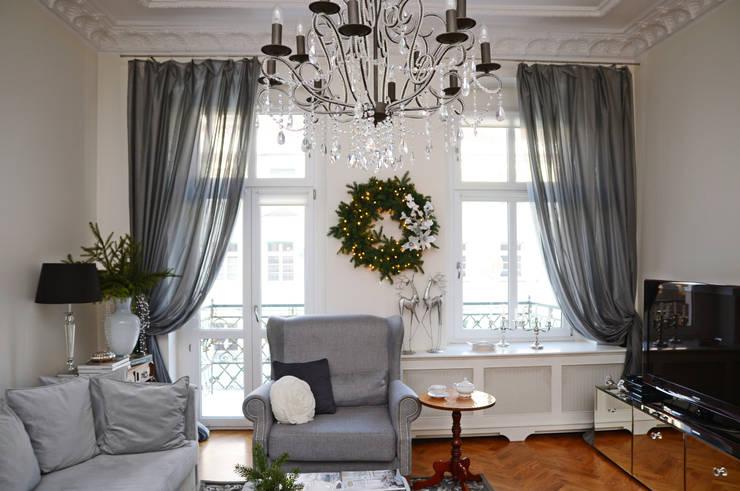 Metamorfoza salonu : styl , w kategorii  zaprojektowany przez Decolatorium