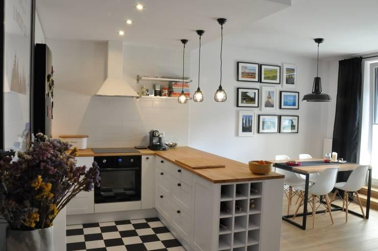 Nadwiślańska \ realizacja: styl , w kategorii Kuchnia zaprojektowany przez NIESKROMNE PROGI