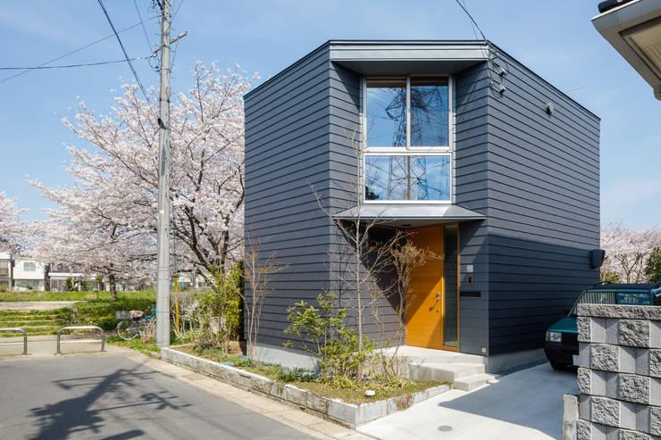 隅切りの家: 株式会社リオタデザインが手掛けた家です。