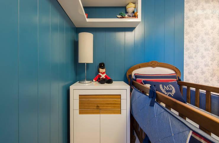 Quarto de Bebe Arthur Germano: Quarto infantil  por MJArquitetura
