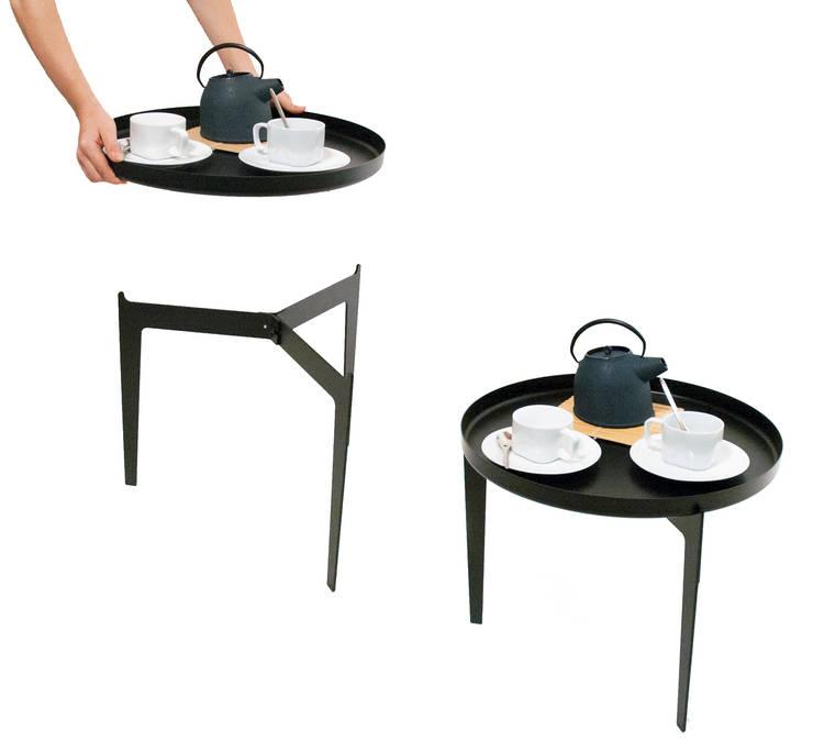 Tavolino Illusion Nero  By Covo: Soggiorno in stile in stile Minimalista di Angolo Design