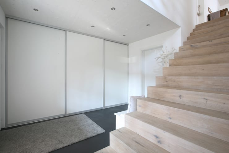 Corridor & hallway by skizzenROLLE