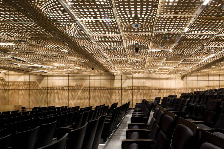 학술회의장: kaichun1000의  회의실,