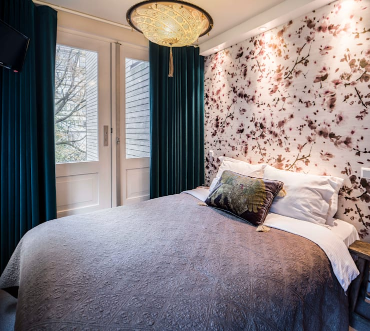 Amsterdam Keizersgracht: moderne Slaapkamer door Ethnic Chic Home Couture