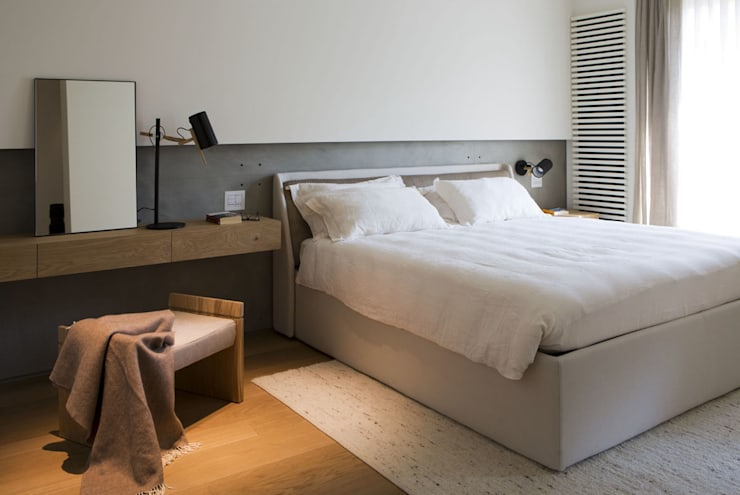 Quindiciquattro: Camera da letto in stile  di Studio Fabio Fantolino
