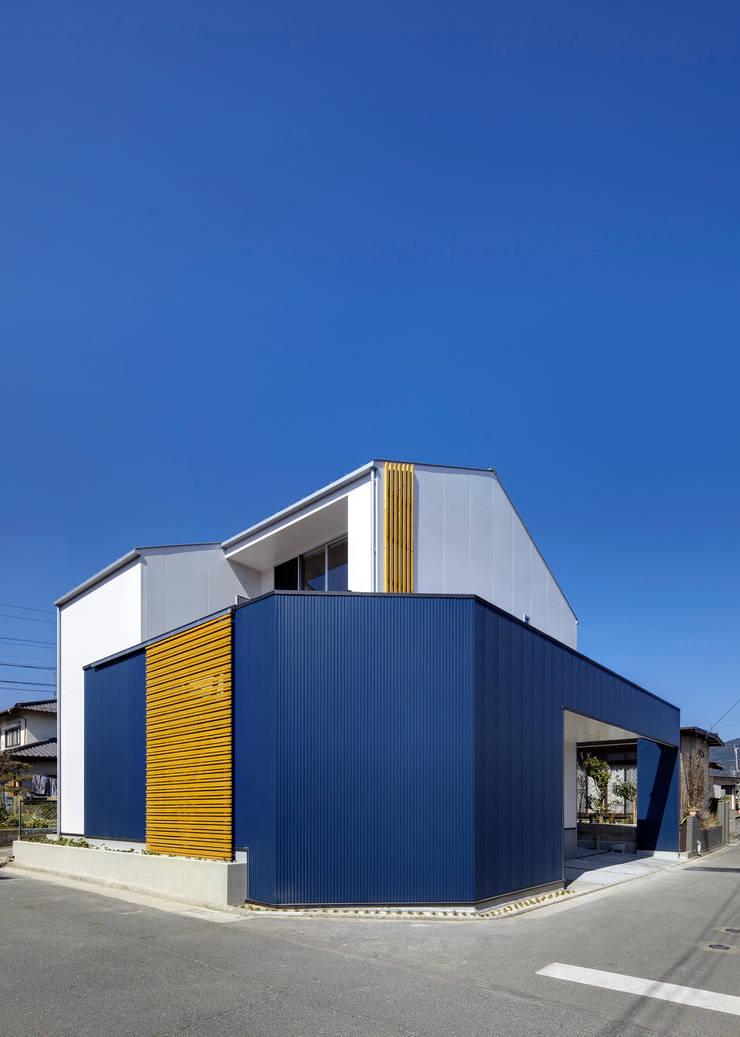 外観1: 有島忠男設計工房が手掛けた家です。