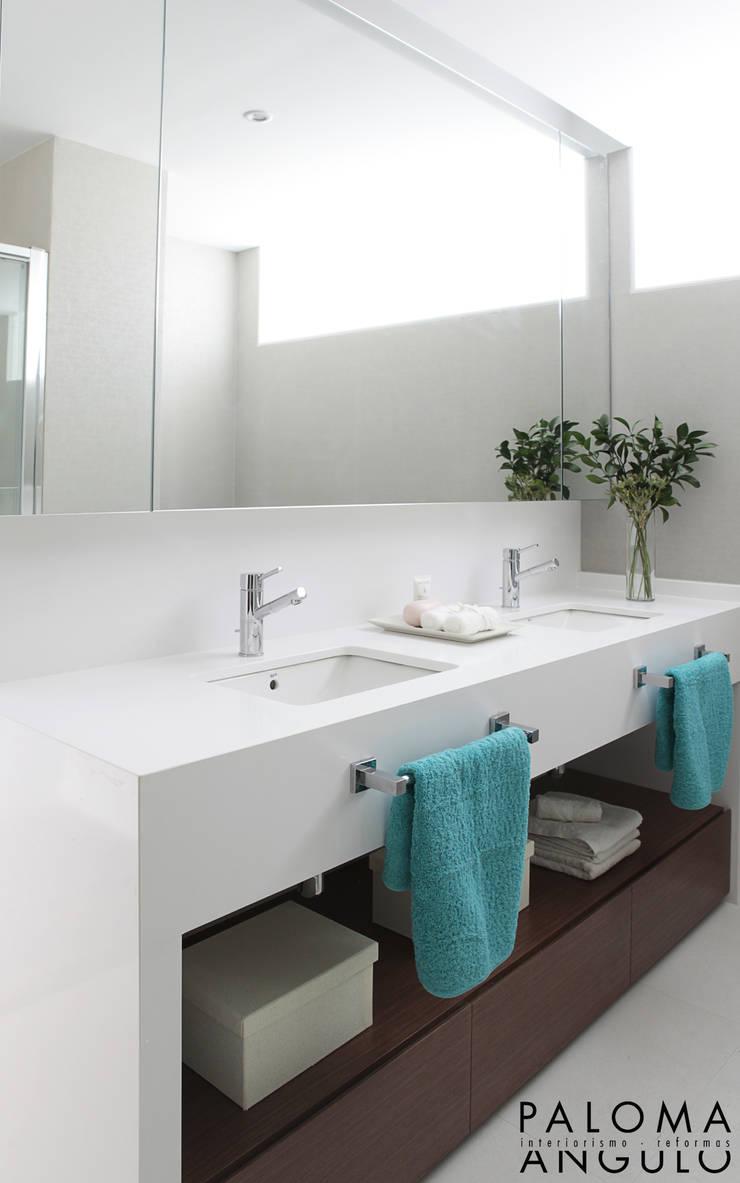 Ванные комнаты в . Автор – Interiorismo Paloma Angulo, Модерн