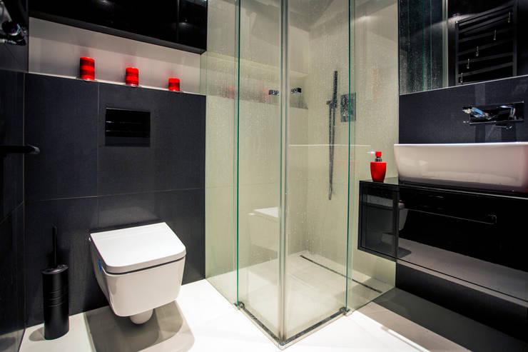 WORONICZA: styl , w kategorii Łazienka zaprojektowany przez INSPACE,Nowoczesny