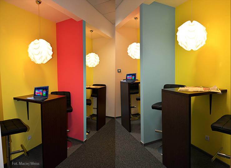 Zalubska Studio Projekt Open Spaces dla Media Com Warszawa Space 3: styl , w kategorii Przestrzenie biurowe i magazynowe zaprojektowany przez Zalubska Studio