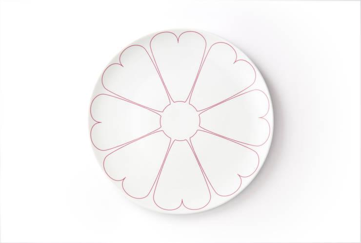 Duży, porcelanowy talerz z kolekcji Makatka marki Zulana (śr.28cm): styl , w kategorii Jadalnia zaprojektowany przez Zulana