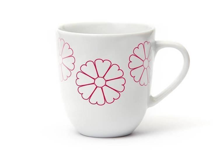 Porcelanowy kubek Makatka Róż marki Zulana (poj.0,35l) : styl , w kategorii Jadalnia zaprojektowany przez Zulana