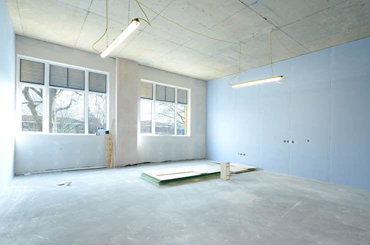 Office Renovation:  Office buildings by Graham D Holland
