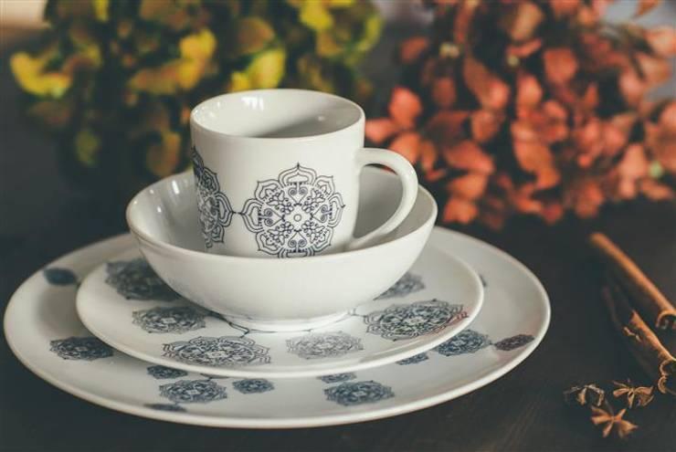 Porcelanowy zestaw z kolekcji Etno marki Zulana: styl , w kategorii Jadalnia zaprojektowany przez Zulana