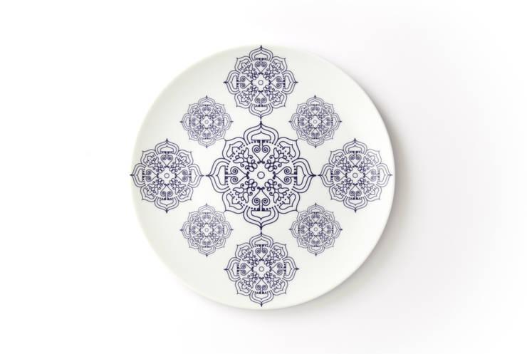 Porcelanowy talerz z kolekcji Etno marki Zulana (śr.21cm): styl , w kategorii Jadalnia zaprojektowany przez Zulana