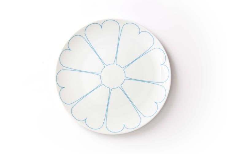 Porcelanowy talerz z kolekcji Makatka Turkus marki Zulana (śr.21cm): styl , w kategorii Jadalnia zaprojektowany przez Zulana,