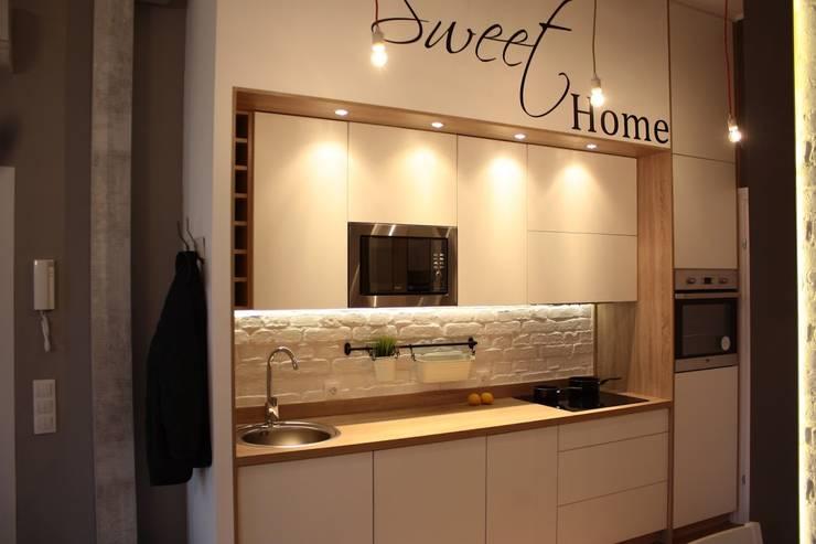 Metamorfoza Apartamentu : styl , w kategorii Kuchnia zaprojektowany przez Remline Jakub Skowroński