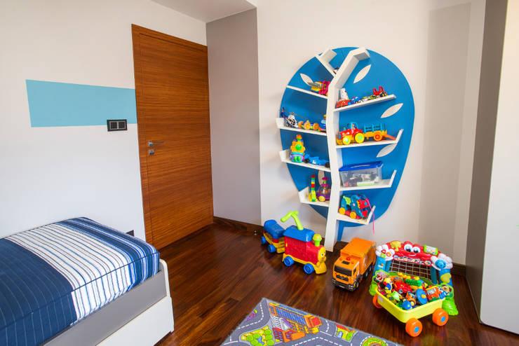 Pokój chłopca: styl , w kategorii Pokój dziecięcy zaprojektowany przez Viva Design - projektowanie wnętrz