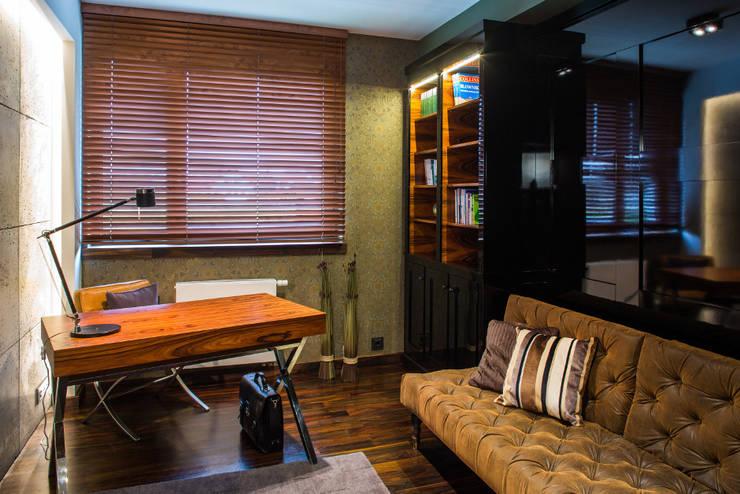 Biuro: styl , w kategorii Domowe biuro i gabinet zaprojektowany przez Viva Design - projektowanie wnętrz