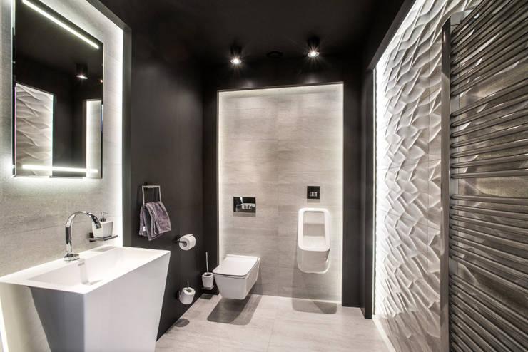 Toaleta: styl , w kategorii Łazienka zaprojektowany przez Viva Design - projektowanie wnętrz