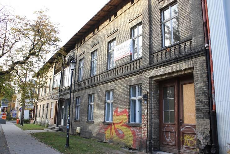 modern  by Remline Jakub Skowroński, Modern
