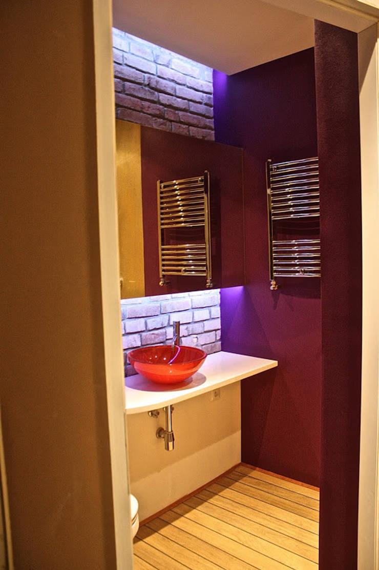 Modern Bathroom by Remline Jakub Skowroński Modern