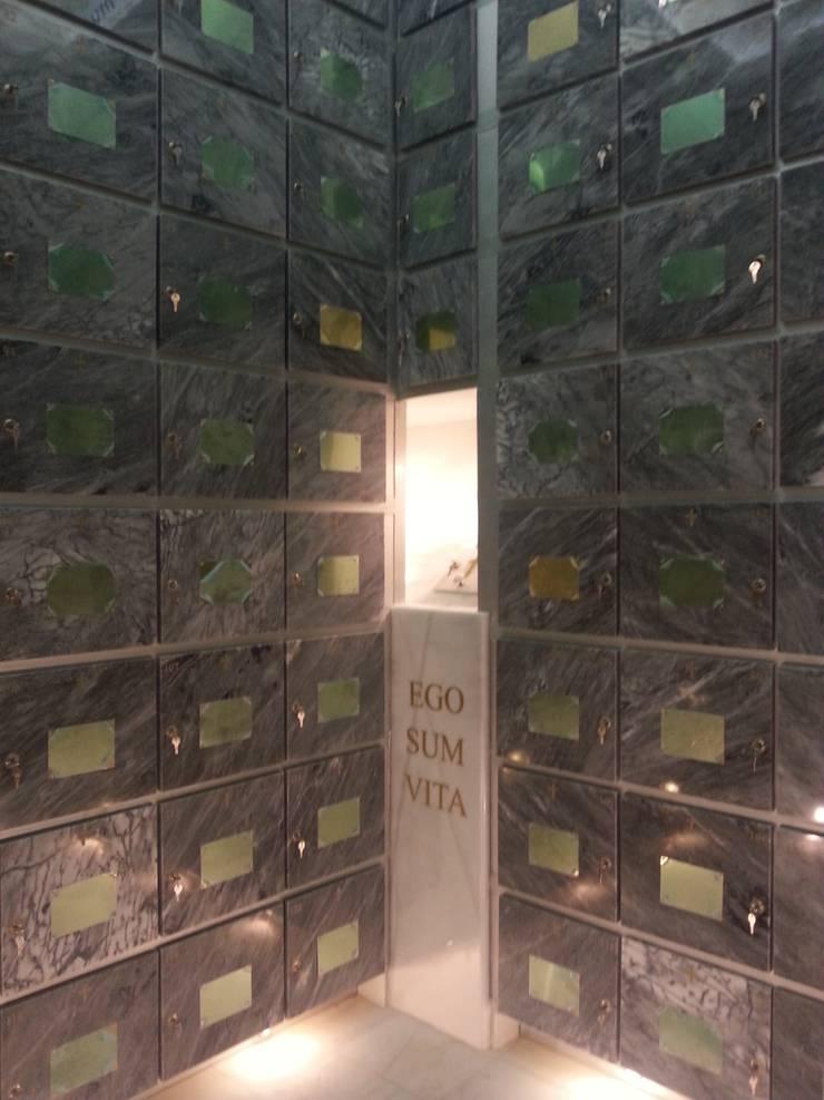 COLUMBARIO- CENIZARIO:  de estilo  de ANA SÁNCHEZ ARQUITECTURA