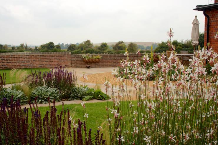 Barn Conversion Garden After 4:   by Sylvan Studio