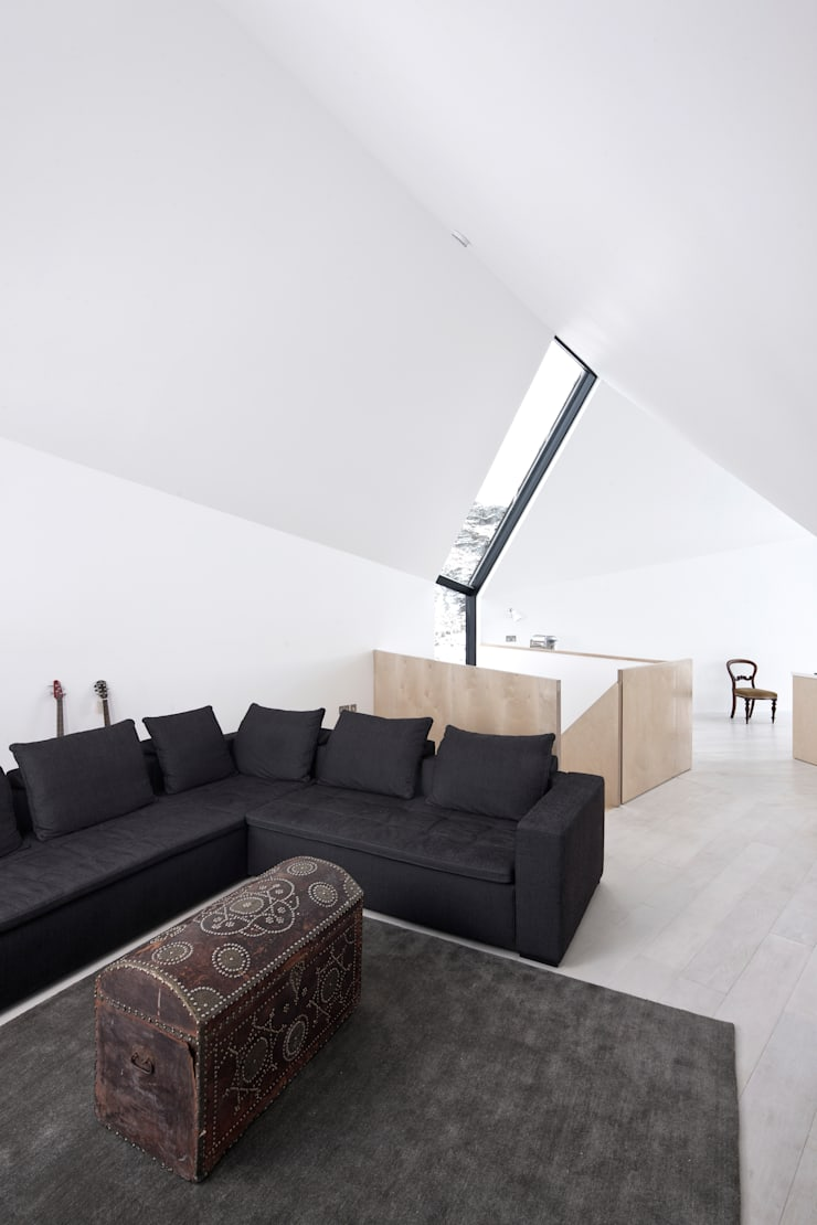 House At Camusdarach Sands General Internal:  Walls by Raw Architecture Workshop