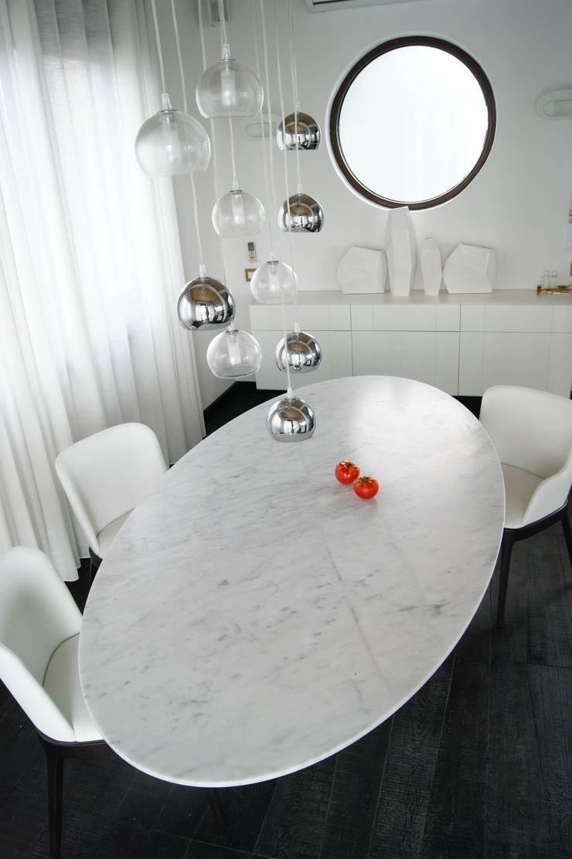 столовая : Гостиная в . Автор – VNUTRI