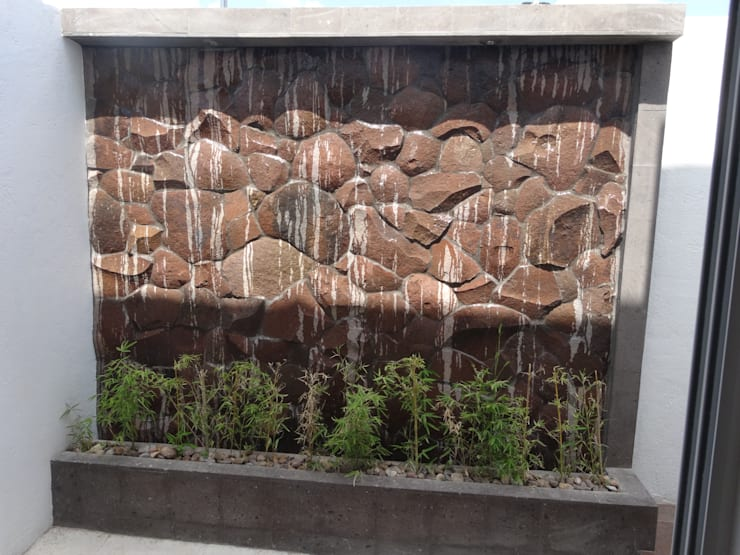 Casa Ped: Jardines de estilo  por CONSTRUCTORA ARQOCE