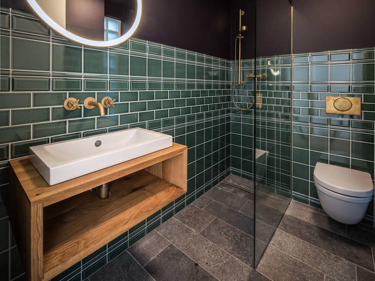 Kleine Rittergasse 11:  Badezimmer von FRANKEN\ARCHITEKTEN GMBH