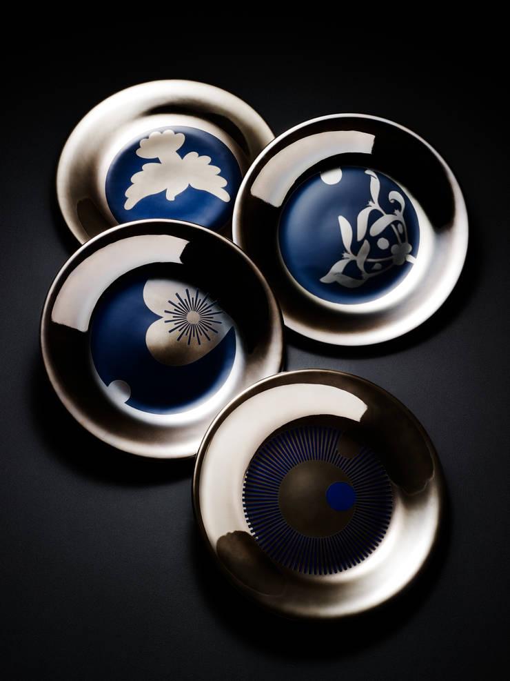 Talerze naścienne_projektantka_Ania Kuczyńska: styl , w kategorii Jadalnia zaprojektowany przez Porcelana Kristoff