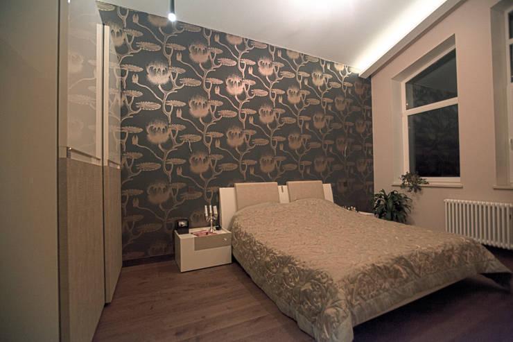 Двухуровневая квартира: Спальни в . Автор – Александр Михайлик