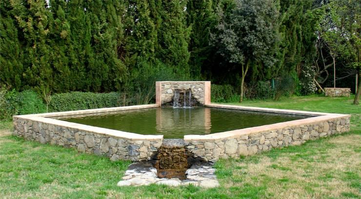Jordi Alsina: Estanques de jardín de estilo  de Jordi Alsina s.l