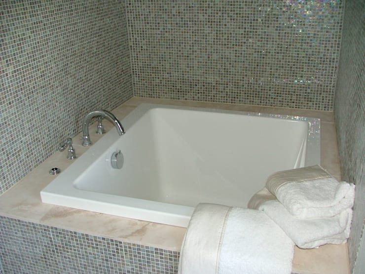 Taylors Etc Client Bathrooms :  Bathroom by Taylors Etc