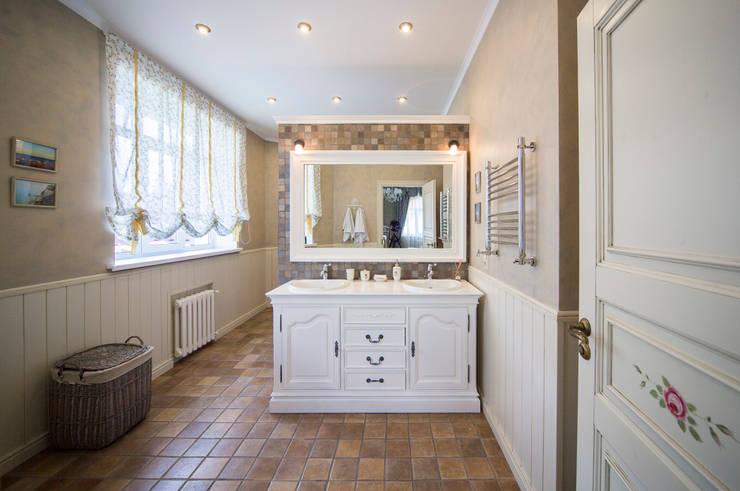 Bathroom by Дизайн мастерская Елены Тимченко, Eclectic