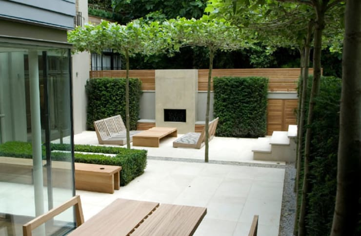 Plenty of space for socialising:  Terrace by PAD ARCHITECTS