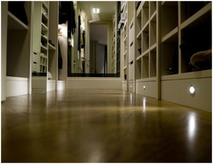 Stunning wood floors and ample storage :  Corridor, hallway & stairs by PAD ARCHITECTS